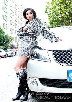Fotos de mulheres bonitas: mulher tailandesa madura Xiaoling