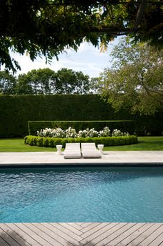 Green And White Landscaping Design Ideas, Pictures, Remodel, and Decor - page 8