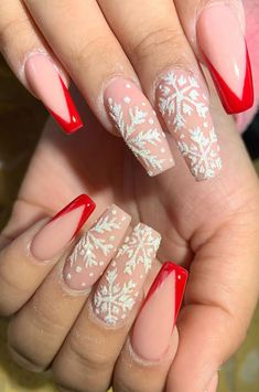 Festive Nail Art Designs To Look Fab This Season Chistmas Nails, Cute Christmas Nails, Xmas Nails, Holiday Nails, Christmas Movies, Winter Christmas, Christmas Nail Designs, Christmas Acrylic Nails, Winter Acrylic Nails