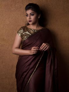 How To Make Plain Sarees Look Beautiful