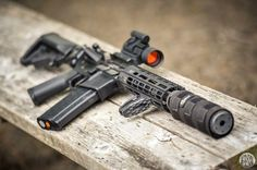 Rate it from 1 to Recognize the weapon - write in comments! Military Weapons, Weapons Guns, Guns And Ammo, Tactical Supply, Tactical Gear, Ar Pistol, Cool Guns, Assault Rifle, Firearms