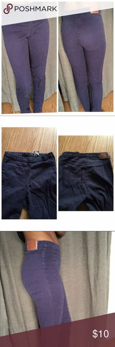 Navy blue skinny trousers ALL NON-BOUTIQUE PANTS ARE BUY 3 GET ONE FREE!!(let me know which four you like and I will make you a new listing with the correct price reflected)  Navy blue trousers. No pockets. Zipper up the side. H&M Pants Trousers