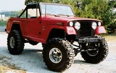 Jeep Jeepster Commando...Man, I like the style of these!