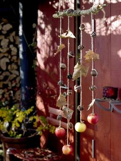 Easy DIY Fall Tree Branch Wind Chime with leaves, acorns and apples | DIY Home Decor | Autumn