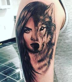 Cara Delevingne/ Wolf tattoo