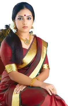 Nithya Menon in silk saree