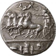 3.Syrakus ca. 400-370 v. Chr...[AΘΛΑ]. Wagenfahrer in einem Viergespann (quadriga) nach l., oben nach r. eine diesen bekränzende Nike, im Abschnitt Waffen und Ausrüstung.
