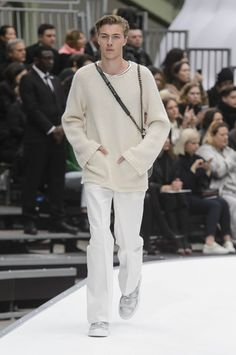 Chanel+Fall-Winter+2017+-+Paris+Fashion+Week