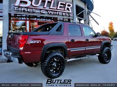 Chevy Avalanche with Fuel Hostage Wheels Old Pickup Trucks, Lifted Chevy Trucks, Classic Chevy Trucks, Gm Trucks, Cool Trucks, Classic Cars, Chevy Classic, Dually Trucks, Diesel Trucks