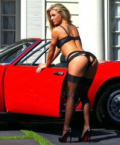 Autos nackte Mädchen