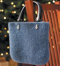 Free pattern  Crocheted and Felted Handbag pattern by Country Woman Magazine