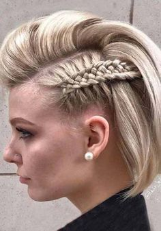 10 amazing Pompadour Hairstyle on Bobs