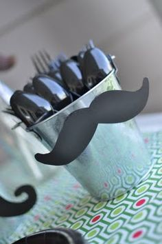 MOUSTACHE DECOR for the final banquet