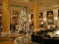 Jumeirah Zabeel Sarai Christmas Lobby
