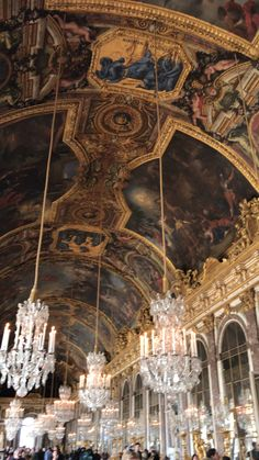 Greece Discover Hall of Mirrors Versailles France the hall of mirrors. Architecture Baroque, Beautiful Architecture, Ancient Architecture, Russian Architecture, Travel Aesthetic, Aesthetic Art, Palace Of Versailles, Versailles Hall Of Mirrors, Beautiful Places To Travel