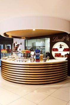 lindt chocolate studio shop manager in green point waterfront image 1