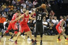 Vence Houston a Minnesota en juego de la NBA en la CDMX