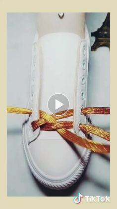 Gonderilerin akisiniza dusmesi icin begenip, yoruma kalp birakmaniz benim icin cok onemli 😍 🌈diger hesabim 🔜 🌈 tag a… – Page 455567318556088646 – BuzzTMZ Ways To Lace Shoes, How To Tie Shoes, Ways To Tie Shoelaces, Diy Clothes And Shoes, Creative Shoes, Shoe Crafts, Metal Clock, Clothing Hacks, Diy Arts And Crafts