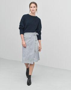 Cozy Wool Pullover Grape - Knitwear - Shop Woman - Filippa K
