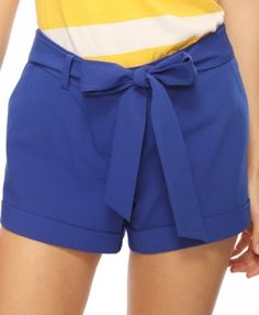 blue shorts w/ yellow and white top