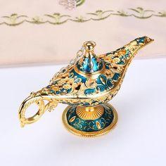 Teapot Crafts, Primitive Lamps, Pots, Genie Lamp, Aladdin Lamp, Retro Home, Vintage Lamps, Oil Lamps, European Fashion