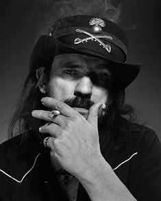 Singer and guitarist Lemmy with heavy metal band Motorhead poses for a portrait shoot in Munich for Sueddeutsche Zeitung magazine on December 7 2006 Heavy Metal Bands, Lemmy Kilmister, Motorhead Motorhead, Band Photography, Judas Priest, Rockn Roll, Band Posters, Jimi Hendrix, Music Bands