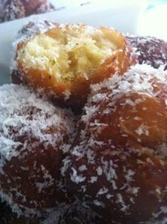 Fried Donuts, Doughnuts, Koeksisters Recipe, Milktart Recipe, South African Desserts, Berry Muffins, Instant Yeast, Cake Flour