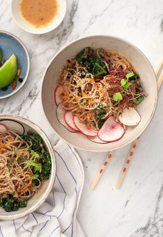 Sweet Sesame Tahini Noodles with kale, garlic chives, scarlet turnips and black radish. #sponsored by /TruviaBrand/ #TasteTruvia
