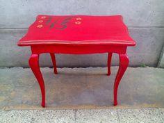 mesa normando roja Vanity Bench, Facebook, Diy, Furniture, Home Decor, Norman, Restoring Furniture, Dining Room, Red