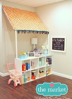 The Market: Grocery Store for Kids...Cute I know its not a themed art..but this is cute and easy to make..for those in Preschool or at home