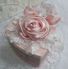 "Craft Oasis: BOX IN THE FORM OF HEART "" in shabby Chic style"" ♥..."