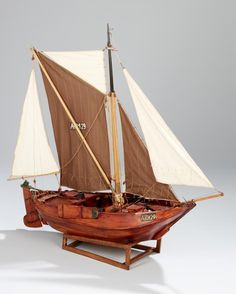 Vrouwe Johanna ! Model Sailing Ships, Model Ships, Wooden Model Boats, Train Car, Model Building, Sailboat, Pirates, Craft, Sailing Boat