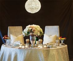 Tucson Bride & Groom: Sweetheart table, photographed by Amanda Rockafellow, catering by Amanda Hartman Catering, tabletop by PrimaDonna Boutique, florals by Elaine Taylor Fine Flowers