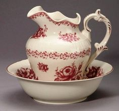 Red Victorian Roses Pitcher and Wash Bowl Set