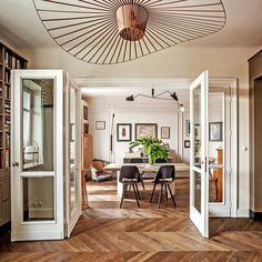 Colombe Design in Warsaw Poland Creates a Prewar Home with Paris Influences - Architectural Digest Architectural Digest, French Apartment, One Bedroom Apartment, Apartment Kitchen, Apartment Living, Decorating Your Home, Interior Decorating, Home Interior, Interior Design