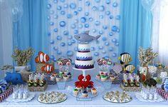 O João Vitor mergulhou no fundo do mar para comemorar seus 3 aninhos! A decoração repleta de peixinhos, estrelas do mar, conchas e algas ficou por conta de
