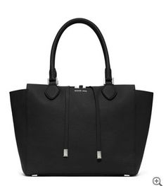 Michael Kors Miranda tote. Accessories. Fashion. Black leather Handbag.