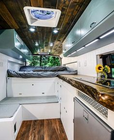Creative & Unique Sprinter Van Conversion Interiors , Hit the road with your essentials and find out how you're using the van. Since you may see, there are lots of ways it's possible to build out a camper. Interior Trailer, Campervan Interior, Van Conversion Interior, Camper Van Conversion Diy, Sprinter Van Conversion, Mercedes Sprinter Camper Conversion, Mercedes Camper, Diy Camper, Camper Life