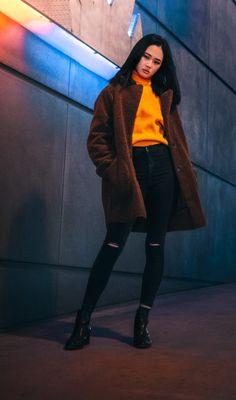 TENDENCIAS QUE PREDOMINARÁN EN NUESTRO ARMARIO ESTE AÑO 2020 - Jenny Leal Classy Winter Outfits, Fashion 2020, Stylists, Normcore, My Style, Clothes, Beauty, Beautiful, Black