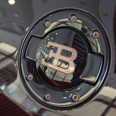 #bugatti #veyron #bugattiveyron #Dubai #supercar #cool #nice #amazing #photo #love #photooftheday #beautiful #awesome