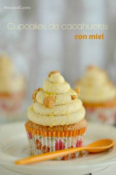 Cupcakes de cacahuetes con miel