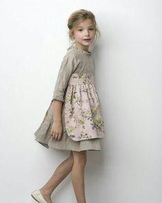 Muero de amor por este vestido de #sainteclaire  #kids #niños #niñosdearras #boda #wedding
