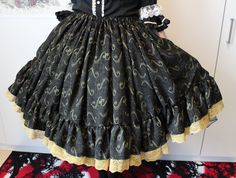 DIY: fully shirred lolita skirt (with a ruffle hem) TUTORIAL