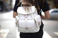 twistingtemptations:  parfait—parfait:  ►Black and White Fashion blog, I follow back similar xx◄