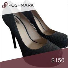 Pour La Victoire Black Snakeskin Pumps Size 8 Great condition! Only worn once Pour la Victoire Shoes Heels