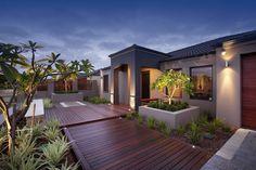 21 Decking Lighting Ideas - An Important Part Of Homes Outdoor Design - Interior Design Inspirations Pathway Lighting, Patio Lighting, Exterior Lighting, Lighting Ideas, House Deck, House Front, Front Porch, Facade House, Modern Landscaping