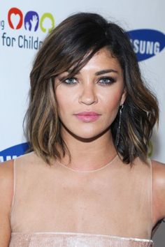 We've never seen Jessica Szohr look this smoldering. If you have a shorter cut, let this photo be your permission to embrace summertime texture and frizz — it ensures that your crop will look sexy and edgy, never prim.
