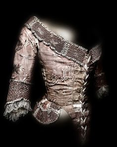 Bodice. Probably French, 1775–85. Pink silk faille brocaded with white and pink silk thread. The Metropolitan Museum of Art, Purchase, Irene Lewisohn Bequest, 1978 (1978.298.1) | Photography © Platon #ChinaLookingGlass #AsianArt100