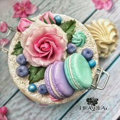Polymer Clay Sweets, Polymer Clay Flowers, Polymer Clay Miniatures, Polymer Clay Charms, Polymer Clay Projects, Polymer Clay Creations, Handmade Polymer Clay, Clay Crafts, Polymer Clay Jewelry