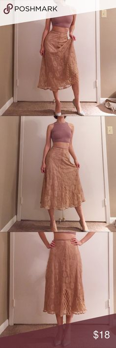 """Vintage 80s' nude lace maxi skirt. Vintage 80s' nude lace maxi skirt. Size: S. Waist: 27.5"""". Length: 31"""". In excellent condition. Pinned to show fit on smaller model. Vintage Skirts Maxi"""